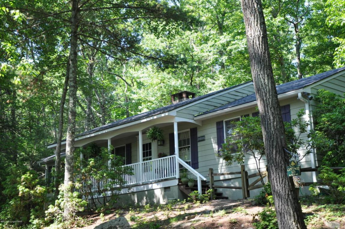 115 Sweet Fern Lane, Buck Hill Falls, PA 18323