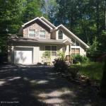 174 Ridge Rd, Pocono Lake, PA 18347