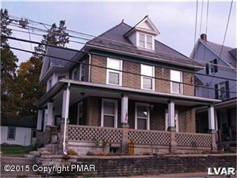 219 W Pennsylvania Ave, Pen Argyl, PA 18072