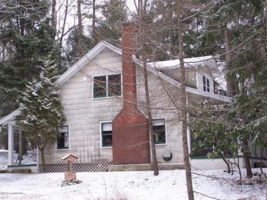 125 North Lake Drive, Lake Harmony, PA 18624