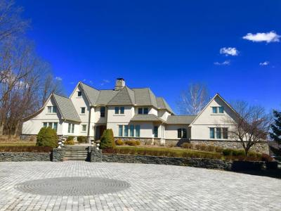 Photo of 110 Cherry Valley Pointe, Stroudsburg, PA 18360