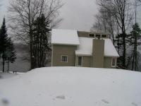 1271 Arrowhead Dr, Pocono Lake, PA 18347