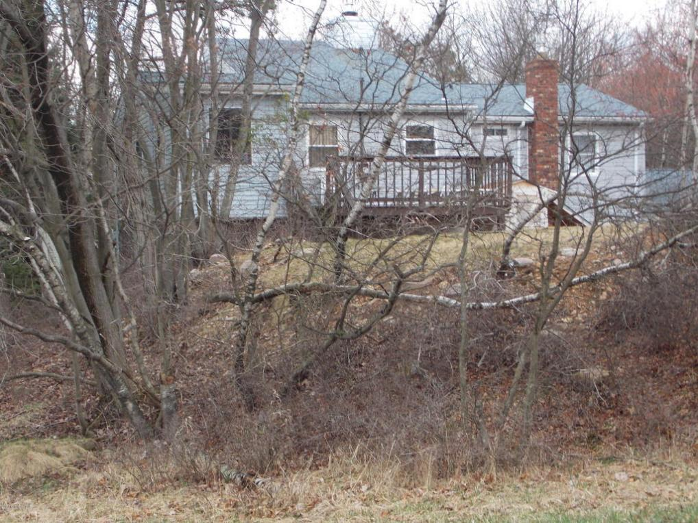 Mls pm 33807 198 arbor dr long pond pa 18334 for Long pond pa cabin rentals