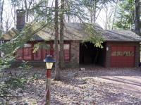 8 Forest Drive, Lake Harmony, PA 18624