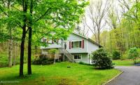 273 Chipperfield Dr, Effort, PA 18330