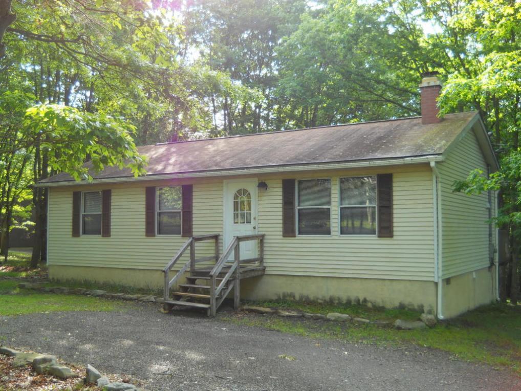118 Beech Ln, Albrightsville, PA 18210