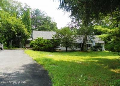 Photo of 338 Coolbaugh Rd, East Stroudsburg, PA 18302