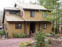 2314 Hillcrest Drive, Pocono Pines, PA 18350