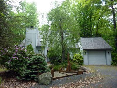 Photo of 299 Longview Lane, Pocono Pines, PA 18350