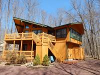 3183 Tall Timber Lake Rd, Pocono Pines, PA 18350