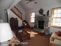 303 Wyalusing Dr, Pocono Lake, PA 18347