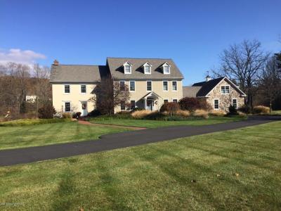 Photo of 1126 Pine Ln, Stroudsburg, PA 18360