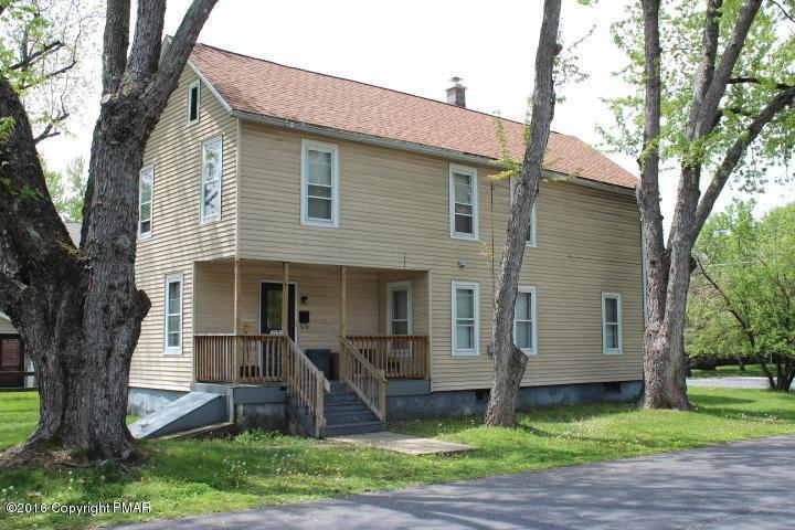137 Day St, East Stroudsburg, PA 18301