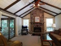 1196 Redwood Ter, Pocono Pines, PA 18350