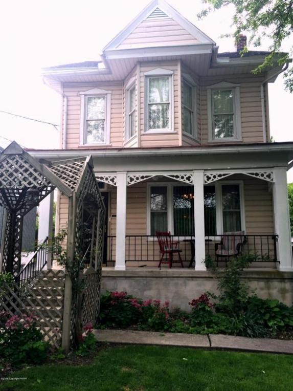 12 Chestnut Ave, Jim Thorpe, PA 18229