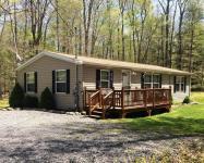 18 Oak (aka Oak Glade) Rd, Albrightsville, PA 18210