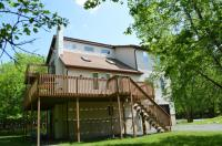 104 Thornberry Ln, Blakeslee, PA 18610