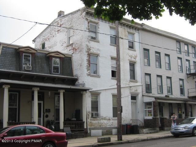 326 W Broad Street, Tamaqua, PA 18252
