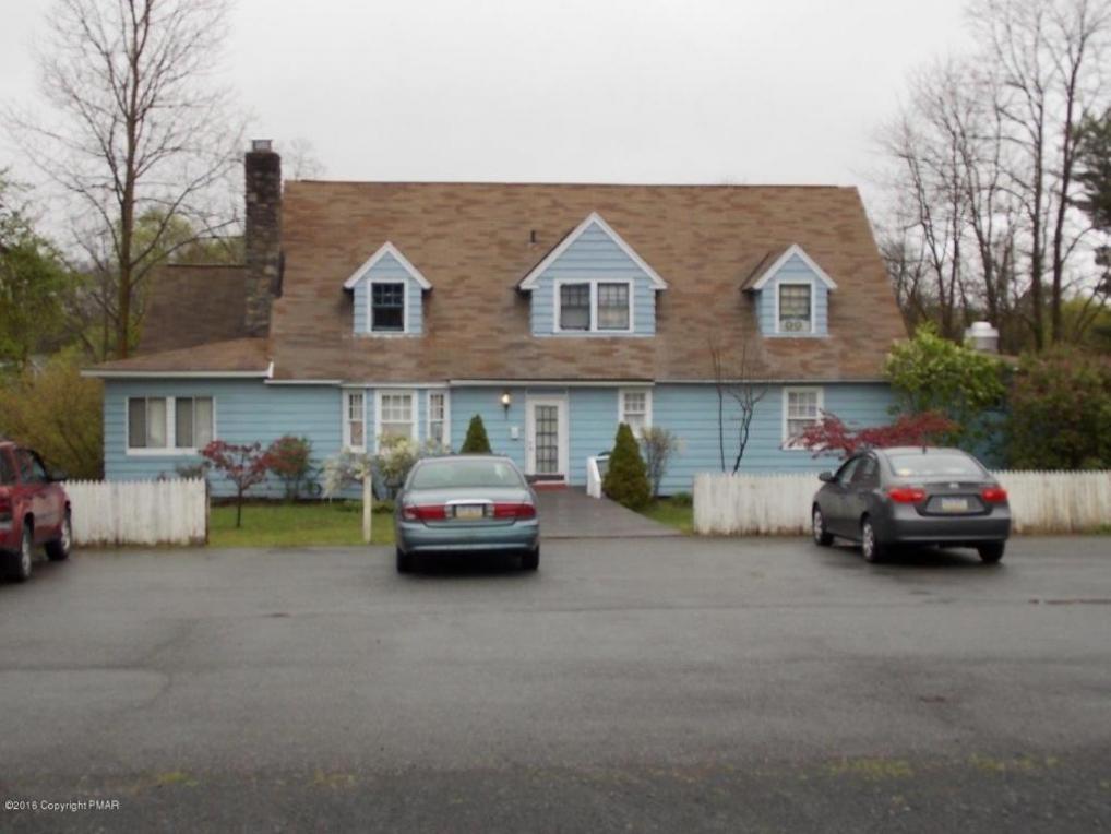 127 Monomonock Rd, Cresco, PA 18326