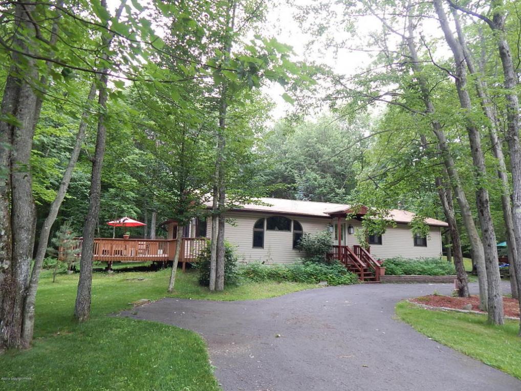 143 Wagner Way, Pocono Lake, PA 18347