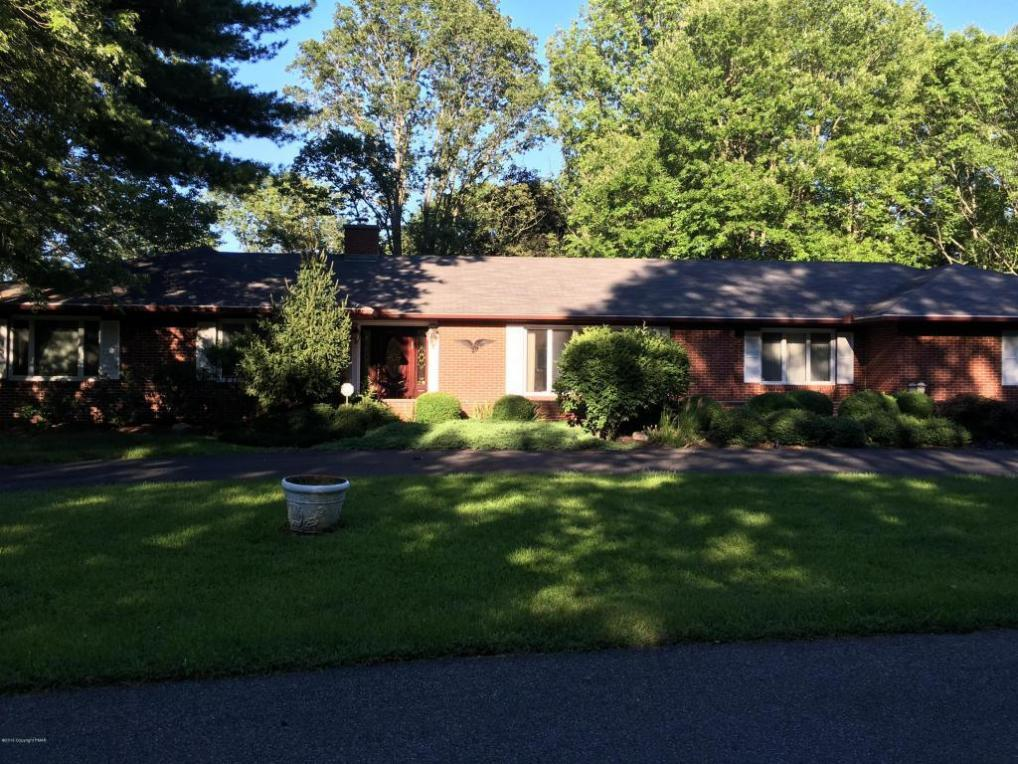 237 Old Orchard, Stroudsburg, PA 18360