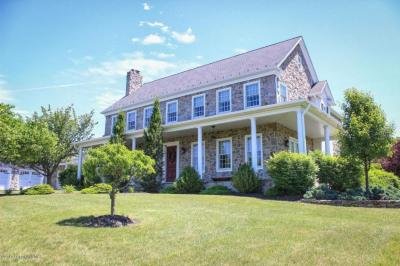 Photo of 2830 Shady Nook Rd, Slatington, PA 18080