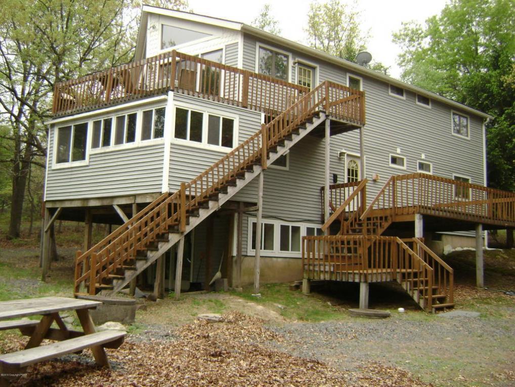 160 Penn Forest Trl, Albrightsville, PA 18210