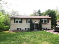 19 Floral Drive, Thornhurst, PA 18424