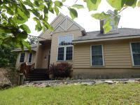628 Pinecrest Drive, Pocono Pines, PA 18350