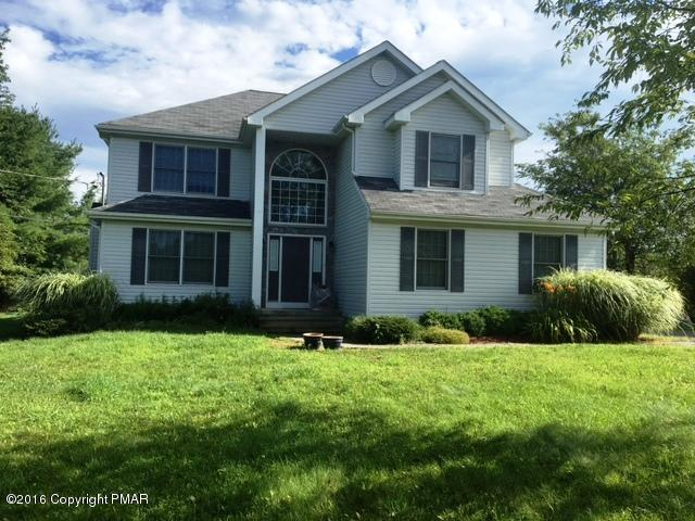 153 Bull Run, Long Pond, PA 18334