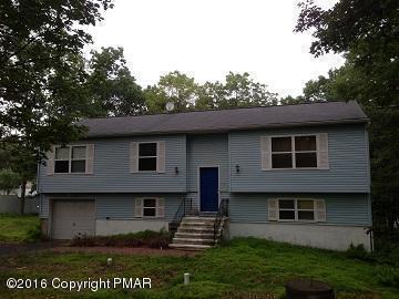 4448 E Pine Ridge Dr, Bushkill, PA 18324