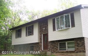 231 Segatti Circle, Bushkill, PA 18324