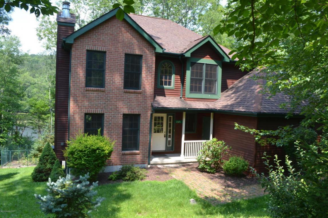 265 Eastshore Dr, East Stroudsburg, PA 18301