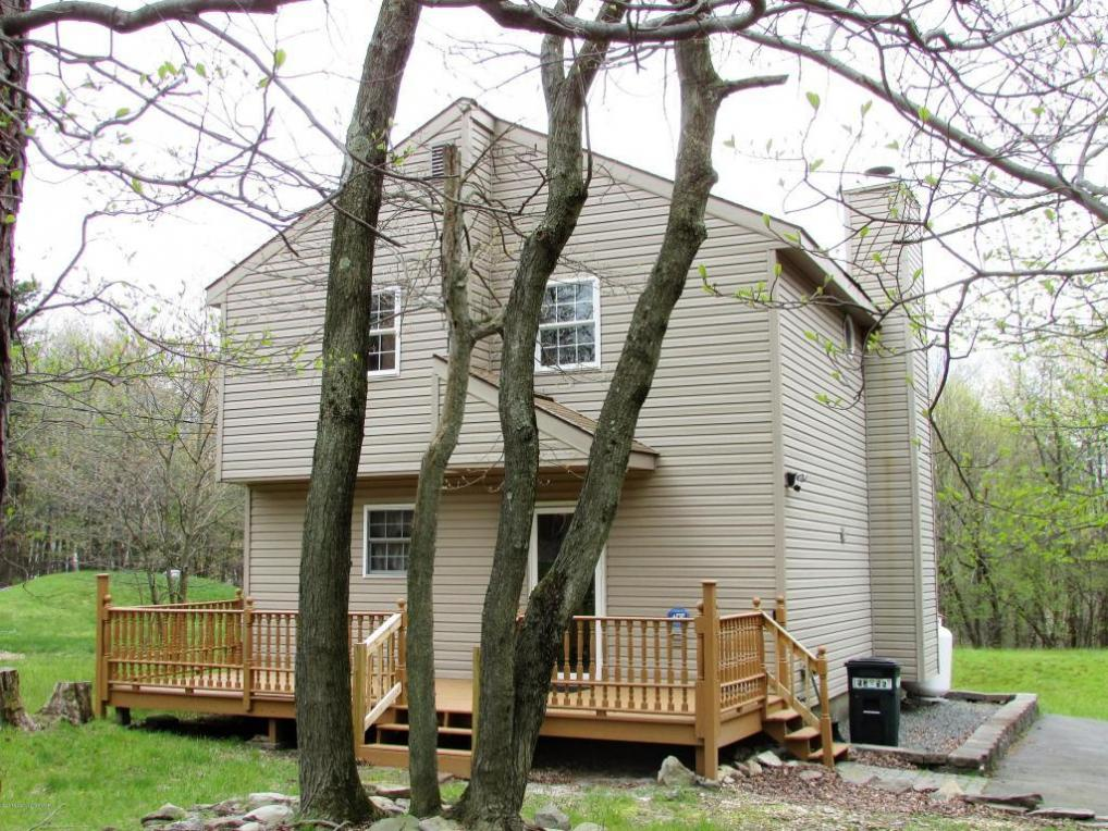 Mls pm 39318 1277 clover rd long pond pa 18334 for Long pond pa cabin rentals