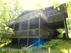 181 Mockingbird Tr, Bushkill, PA 18324