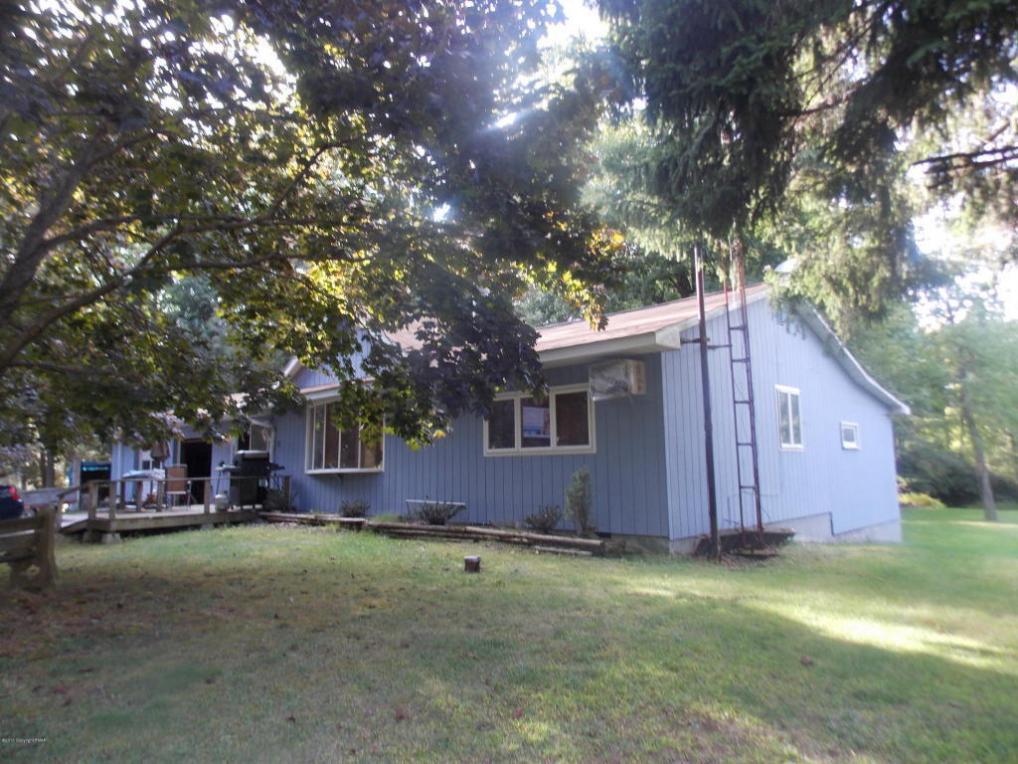 67 Harmony Ave, Lake Harmony, PA 18624