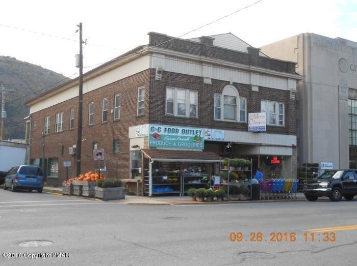378-380 Delaware Ave, Palmerton, PA 18071