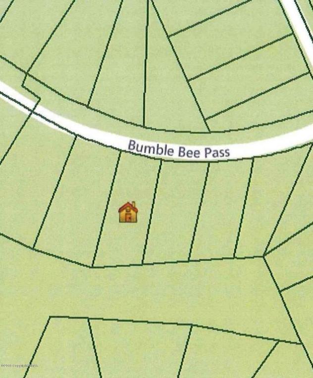 306 Bumble Bee Pass, Bushkill, PA 18324
