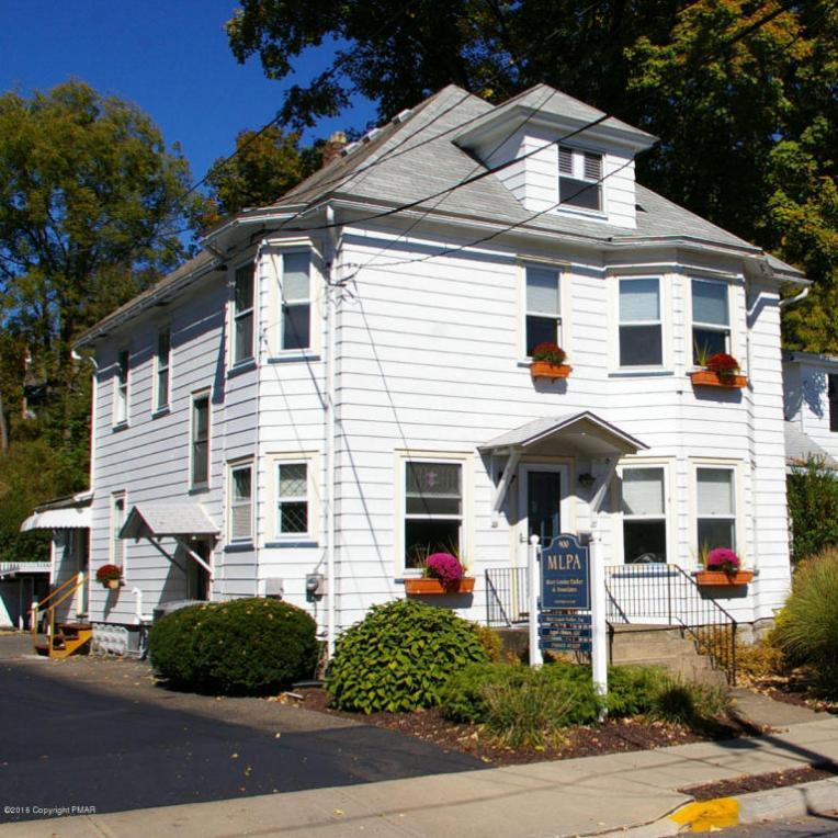 900 Scott St, Stroudsburg, PA 18360