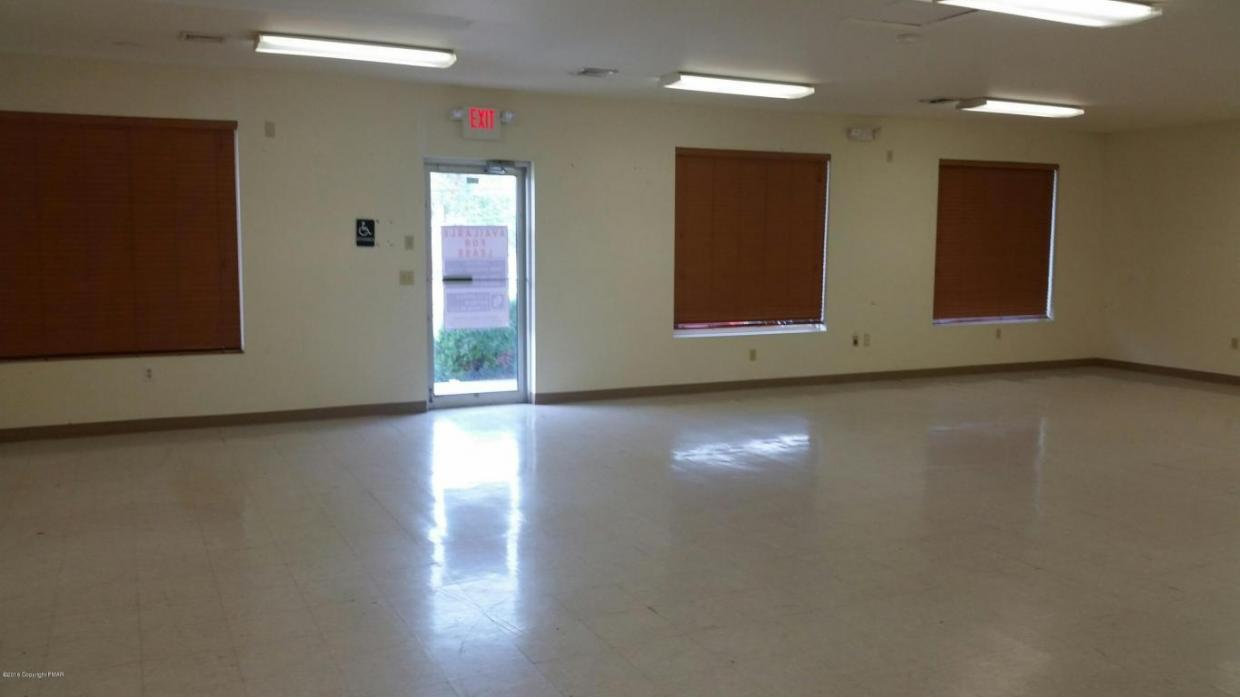 2959 Route 611, Tannersville, PA 12864