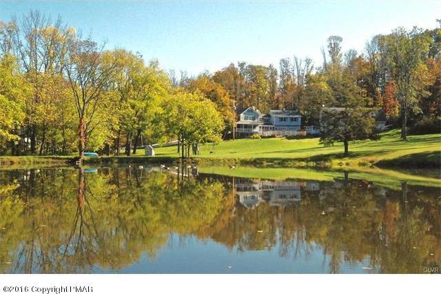 1107 Kemmertown Rd, Stroudsburg, PA 18360