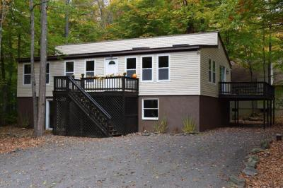 Photo of 179 Moshannon Dr, Pocono Lake, PA 18347