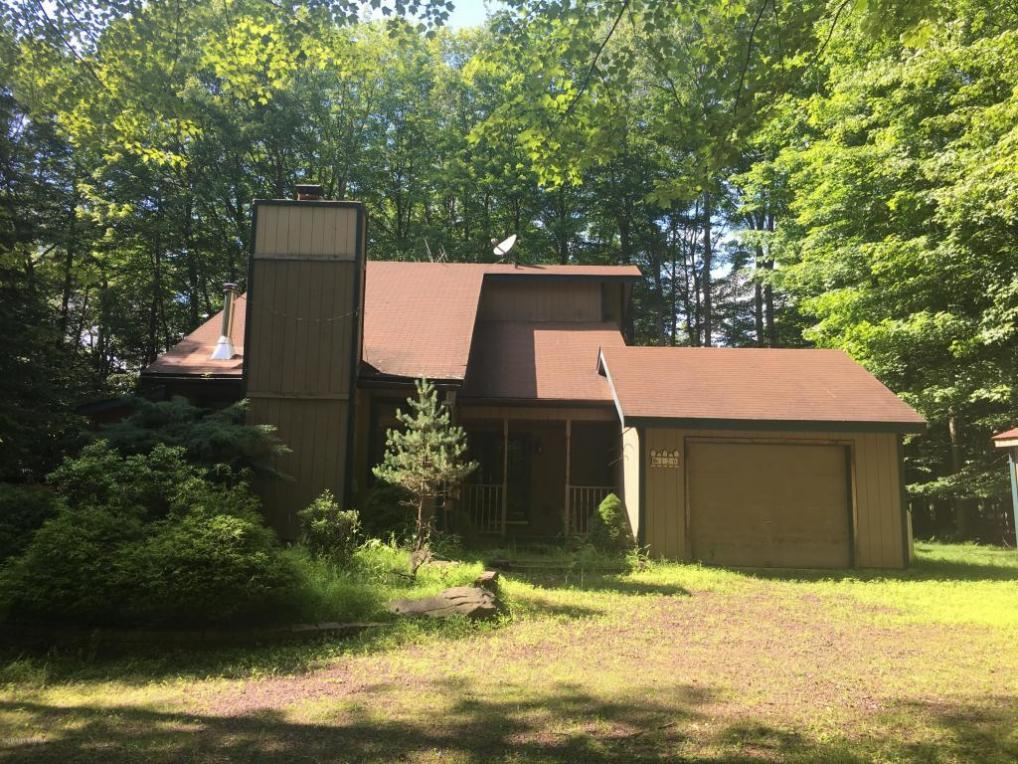 346 King Arthur Rd, Pocono Lake, PA 18610