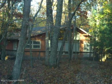 5464 Gingerbread Ln, East Stroudsburg, PA 18302