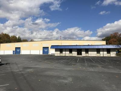 Photo of 401 Oak St, East Stroudsburg, PA 18301