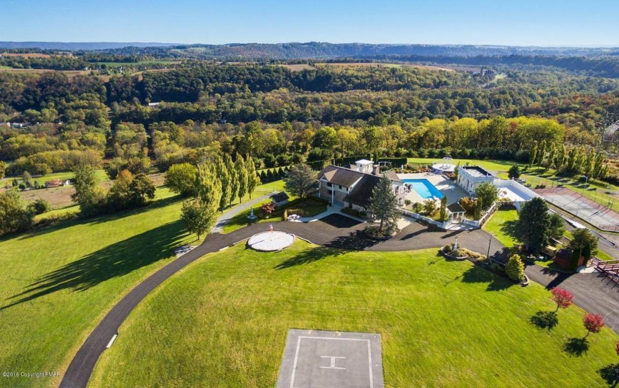 2132 Ranch Road, Slatington, PA 18080