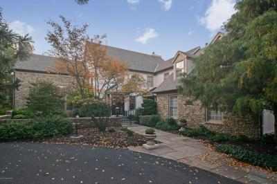 Photo of 1731 Deer Run Rd, Bethlehem, PA 18015