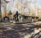 189 Ridge Rd, Pocono Lake, PA 18347