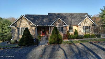 Photo of 147 S South Ln, Stroudsburg, PA 18360