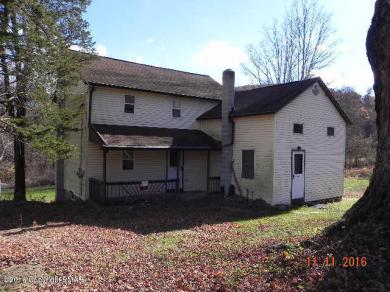 646 Frable Rd, Brodheadsville, PA 18322